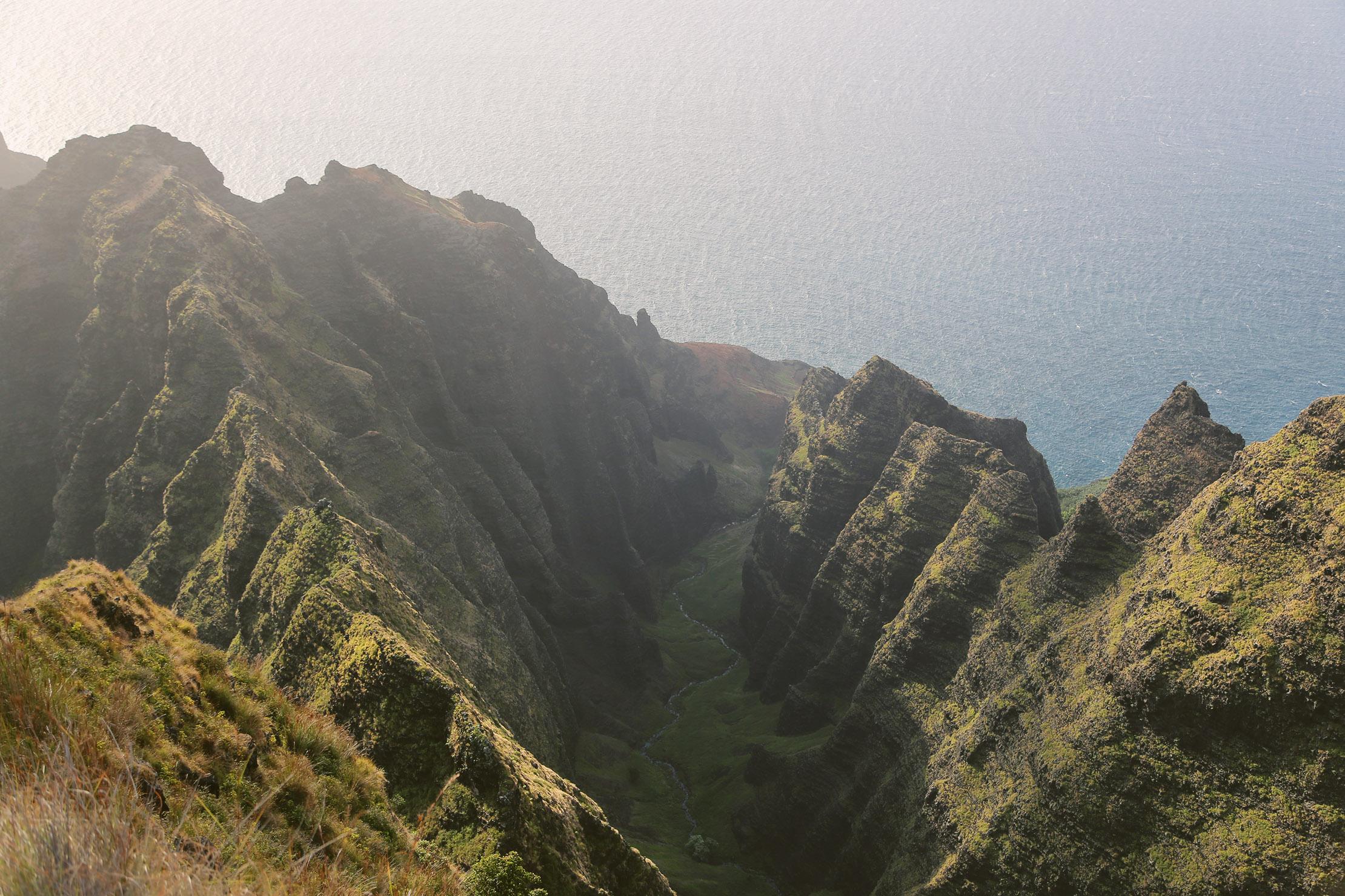 The Awaawapuhi Ridge Trail – Kauai, Hawaii