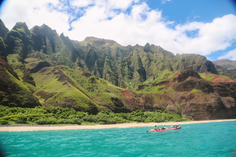 Your Packing Guide to Kayaking the Na Pali Coast